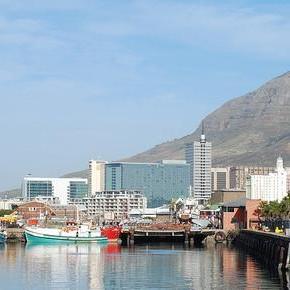 Nabrzeże Wiktorii i Alfreda w Kapsztadzie poszło pod młotek