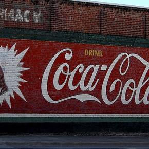 Zimbabwe grozi przejęciem CocaColi