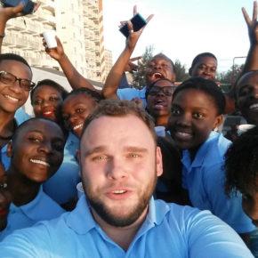 Wielka improwizacja, czyli jak się odnosi sukces w Afryce