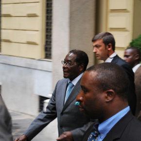 """Zimbabwe - zamach stanu czy """"zbrojna reorganizacja""""?"""