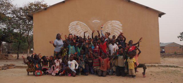 Dać z siebie wiele, to jeszcze więcej otrzymać w zamian  – rozmowa z Hanną Dąbrowską o wolontariacie misyjnym w Zambii