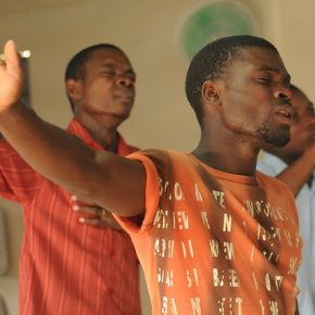 Chrześcijanie w Afryce – problemy i realna pomoc
